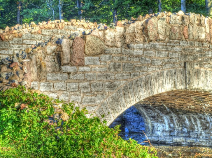 cropped-bridge-toned-copy.jpg